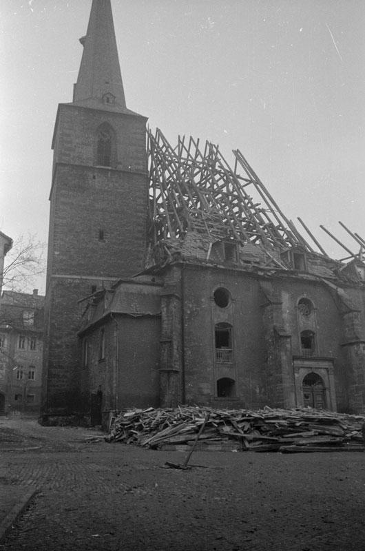 Zerstörte Stadtkirche, 2015-05-05
