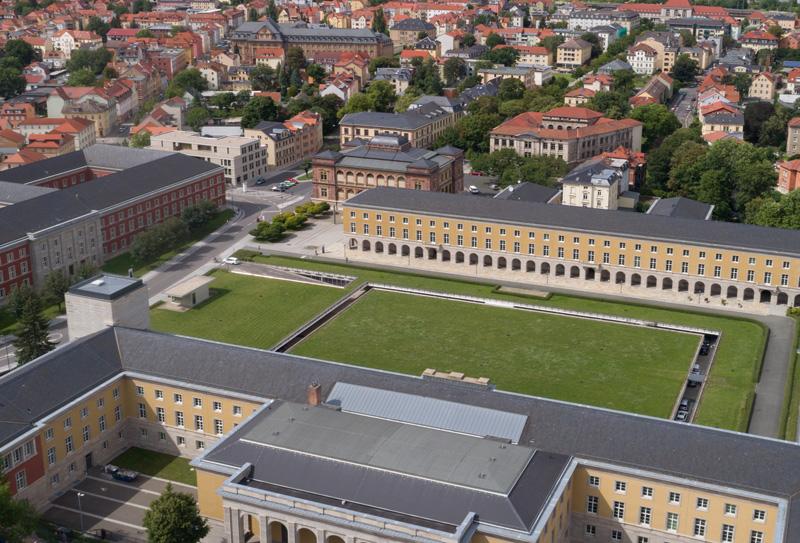 Vom Karl-August-Platz zum Jorge-Semprún-Platz, 1927-00-00